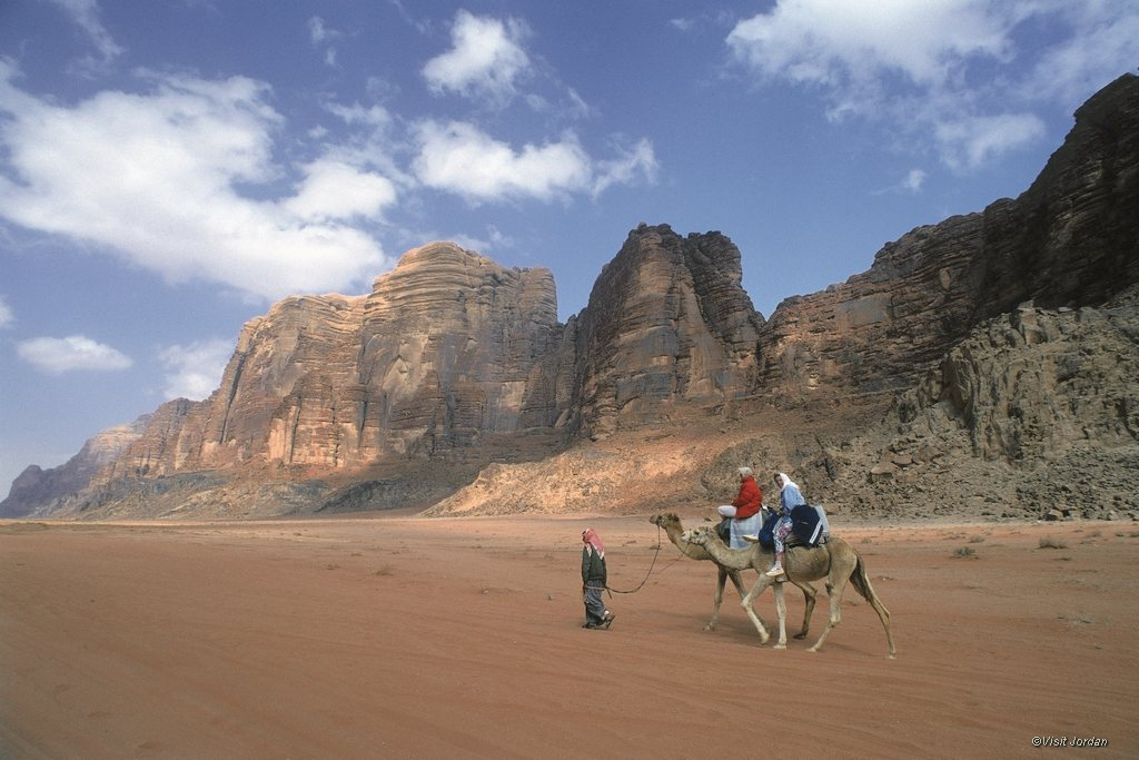 Kamelreiten im Wadi Rum, JOrdanien